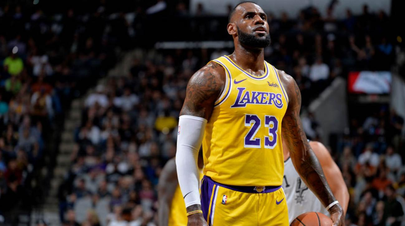 376871404ce1 LeBron James  NFL owners  old white men  with  slave mentality ...