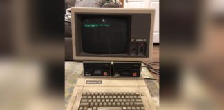 A New York professor has Gen Xers reminiscing about their childhood after he posted images of his decades old Apple lle computer on Twitter.