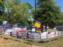 Political signs like this are posted at Nashville Public Library Bordeaux Branch (Photo by: Jason Luntz)